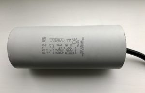 ItalFarad Motor Run Capacitor 70uF Black Twin Lead